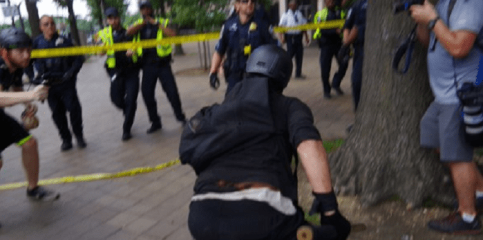 Antifa clash with police trying to disrupt 'Demand Free Speech' event in DC