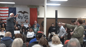 Trump supporter steals the spotlight at Bernie Sanders rally with a message for the President
