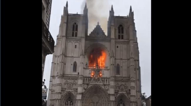 Arson Suspected at Saint-Pierre-et-Saint-Paul Cathedral in Nantes