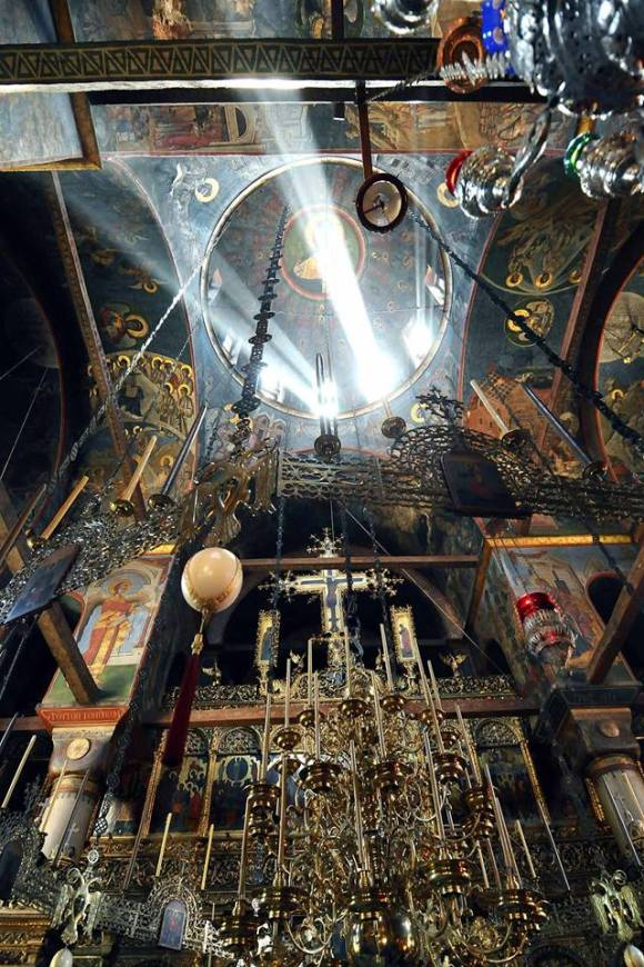 manastir Hilandar unutrašnjost crkve