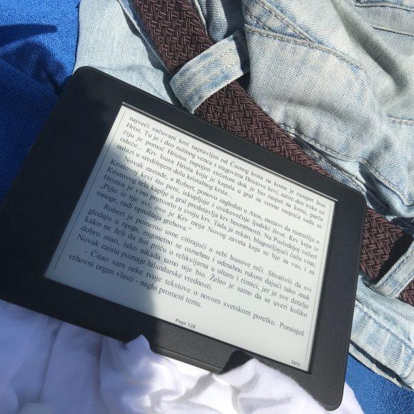 kindle za čitanje po suncu