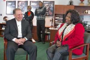 Lisa Phillips Talks with Tom Izzo