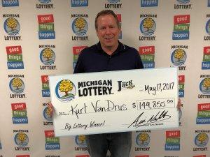 Kurt VanDrus smiles after claiming a $149,855 Club Keno The Jack prize.