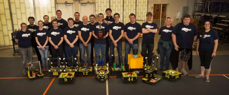 Valparaiso University's Robotic Football Team! Forget that Packers Game