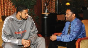 Tyson Chandler and Frederick Dakarai sat down for their one on one interview. Photo by Pat A. Robinson