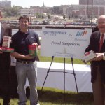 Time Warner Cable and Manpower employees celebrate their commitment to fight hunger in Wisconsin