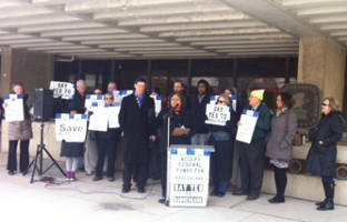 accept-federal-funds-for-badgercare-health-insurance-tax-day-protest