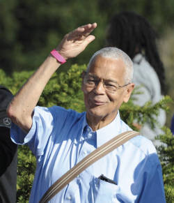 Civil rights icon Julian Bond waves to the crowd during the 50th Anniversary of the March on Washington on August 24, 2013. (Freddie Allen/NNPA)