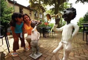 A family enjoys the John Michael Kohler Art Center.