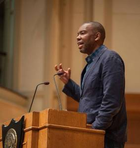 Ta-Nehisi Coates speaks to a crowd of 1,100 on police brutality in the United States. Photo by Elizabeth Boutelle, Lawrence University.