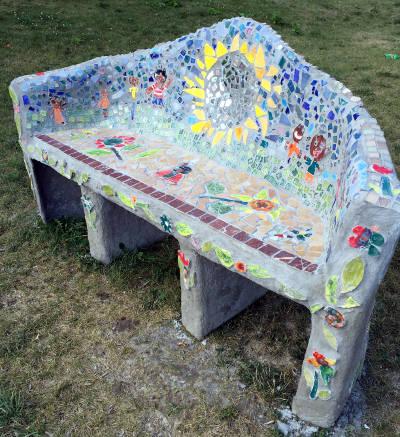 sharp-literacy-Urban-Agriculture-Bench-art-project-Neighborhood-House-Garden-Park