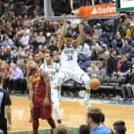 Milwaukee Bucks beat the Cleveland Cavaliers