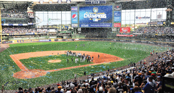 Milwaukee Brewers clinch division title