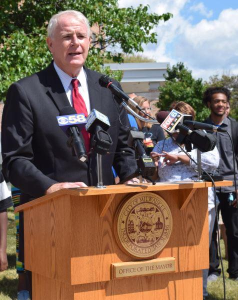 Photo of Mayor Barrett