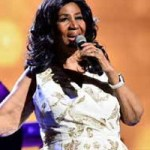 Close friends confirm that Aretha Franklin is 'gravely ill', as family gathers around Queen of Soul