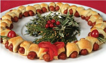 Holiday Appetizer Wreath