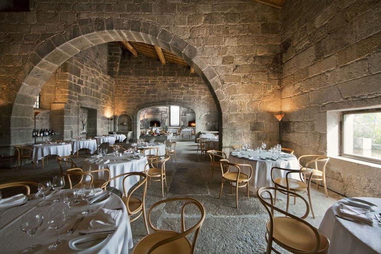 Mosteiro de Amares  Hotel Santa Maria de Bouro