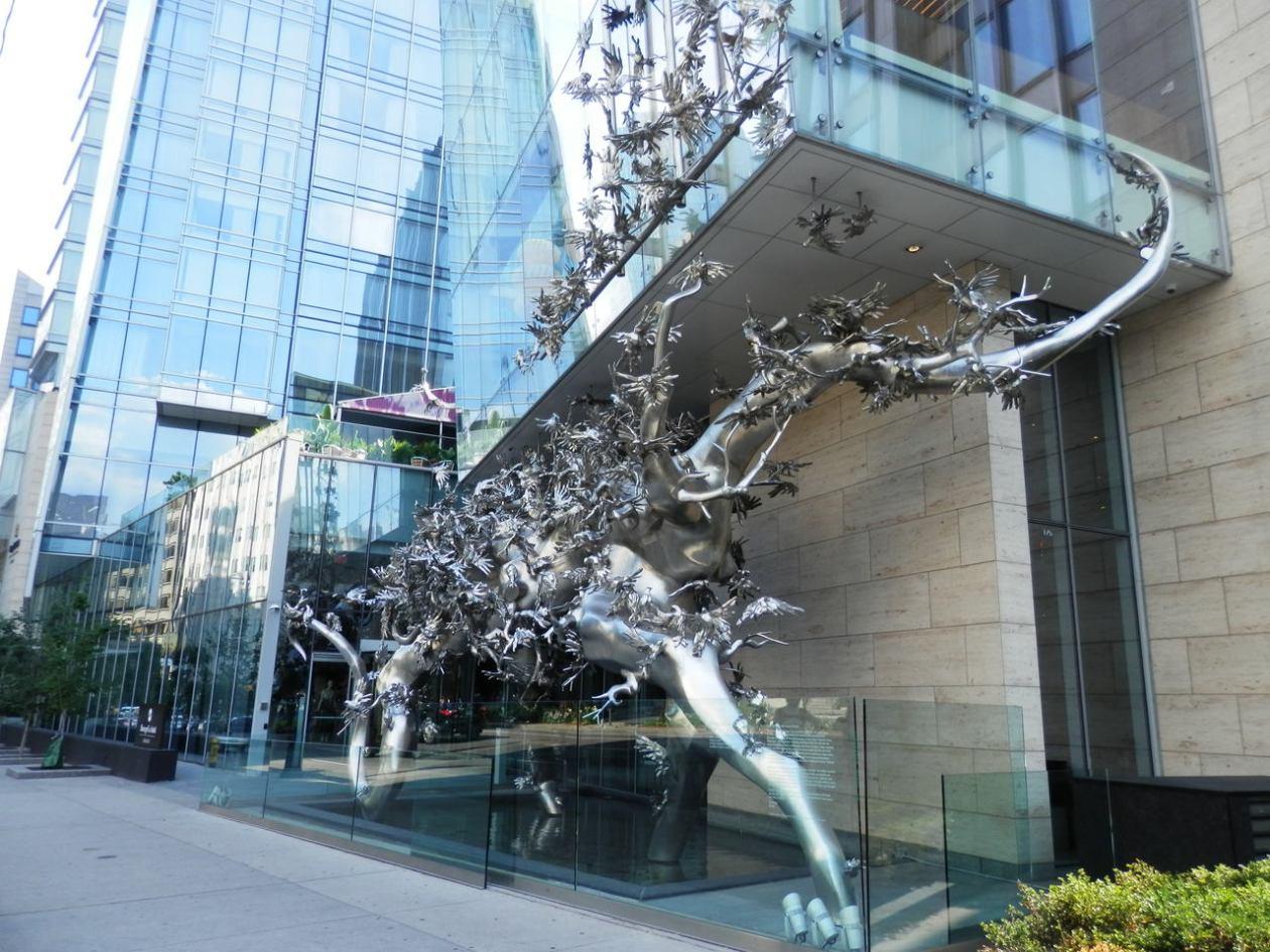 Rising Shangri-La Hotel Toronto