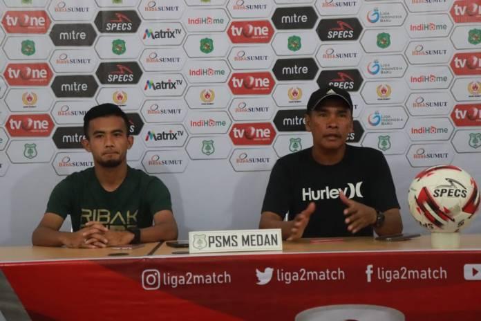 Abdul Rahman saat memberikan keterangan pers pada wartawan menjelang laga lanjutan Liga 2 2019 menghadapi Perserang Banten. (mimbar/ist)