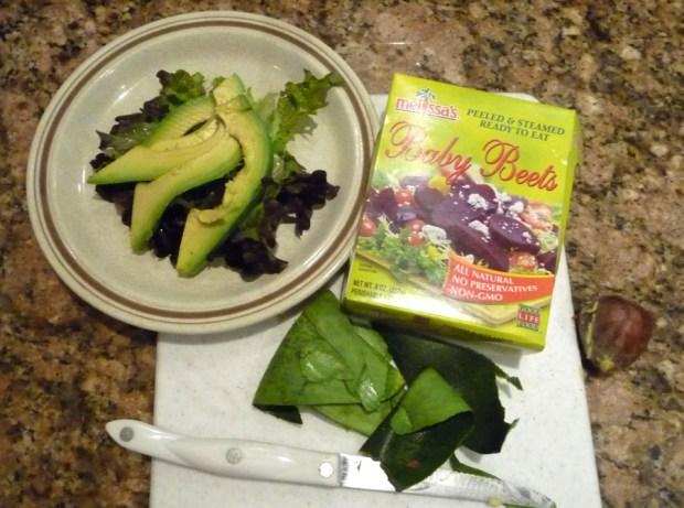 Fuerte avocado salad