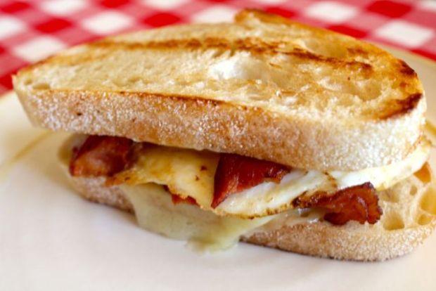 cheese-egg-bacon-sourdough