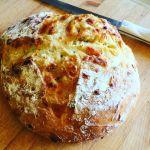 Cheesy No-Knead Bread