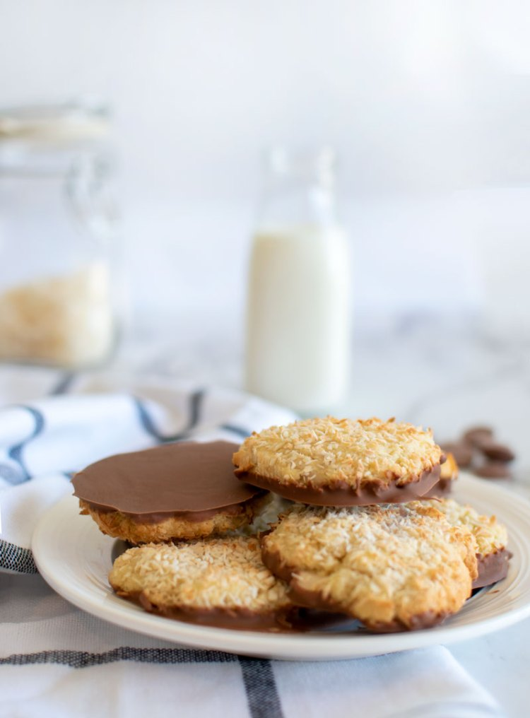 Easy and delicious Almond Joy Cookie recipe! This recipe is naturally gluten free made with almond flour and coconut flour. Dipped in milk chocolate, I explain how to temper chocolate. Get this delish cookie recipe, #almondjoy #cookies #almondflour #glutenfree #glutenfreecookies #organic #organiccookies #coconut