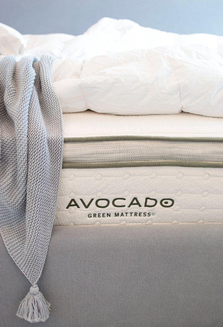 The best organic mattress. Avocado green mattress review. How to choose an organic mattress.
