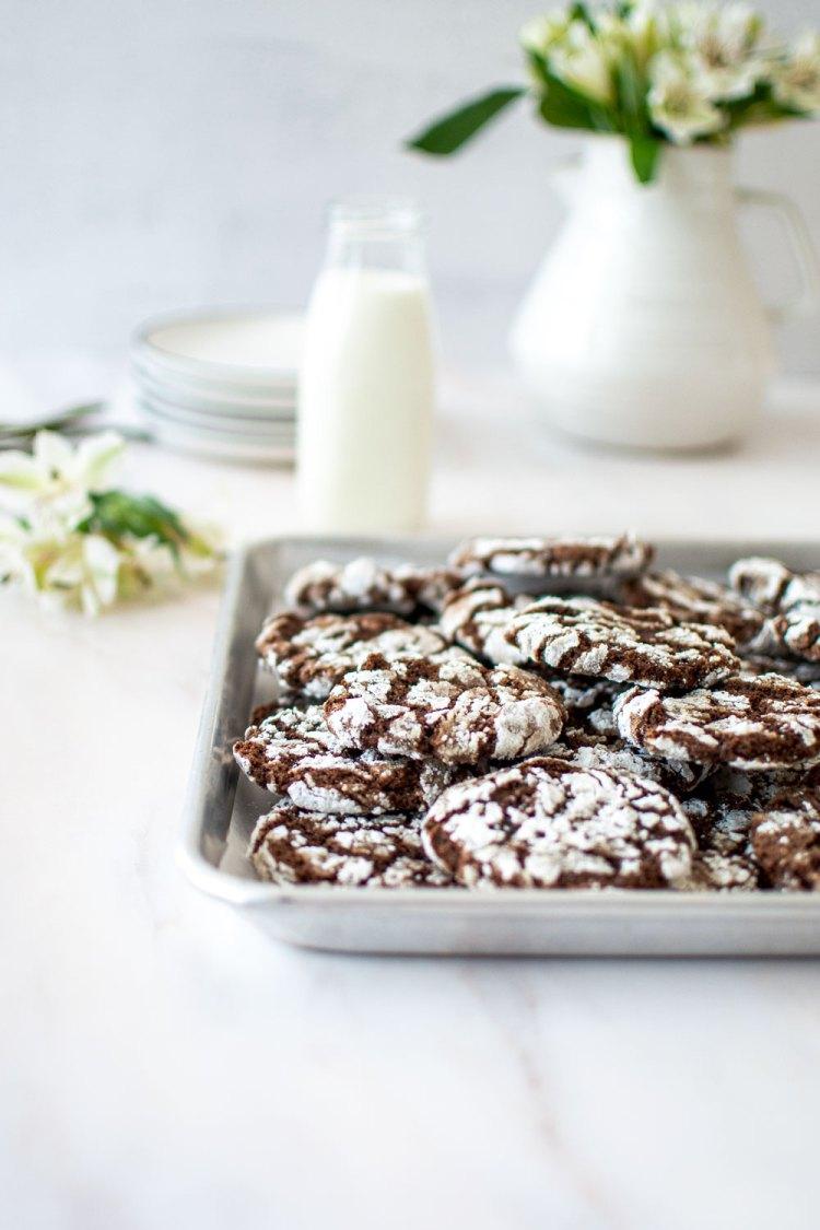 Chocolate crinkle cookie recipe. Crinkle cookies chocolate. The best chocolate crinkle cookies. Easy chocolate crinkle cookie recipe. Simple chocolate crinkle cookie recipe. High altitude chocolate crinkle cookie recipe.
