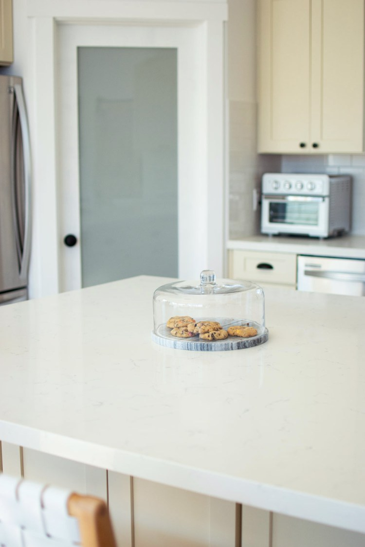 Tips and tricks for a clean kitchen. How to keep your kitchen clean.