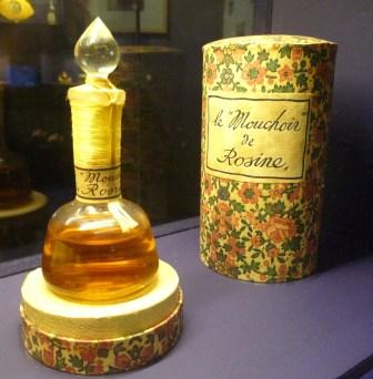 Le Mouchoir de Rosine, Les Parfums de Rosine, 1914. GS Collection. Photography: Hayley Dujardin-Edwards