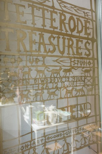 Shop Tetterode Treasures