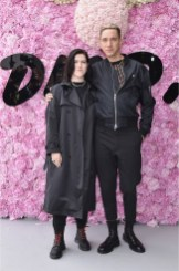PARIS, FRANCE - JUNE 23: Romy Madley Croft and Oliver Sim attend the Dior Homme Menswear Spring/Summer 2019 show as part of Paris Fashion Week on June 23, 2018 in Paris, France. (Photo by Jacopo Raule/Getty Images for Dior) *** Local Caption *** Romy Madley Croft; Oliver Sim