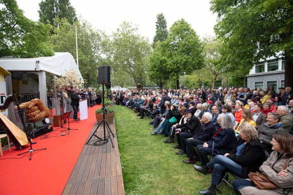 the opening of ArtZuid 2019 (image credits JW Kaldenbach/ArtZuid)