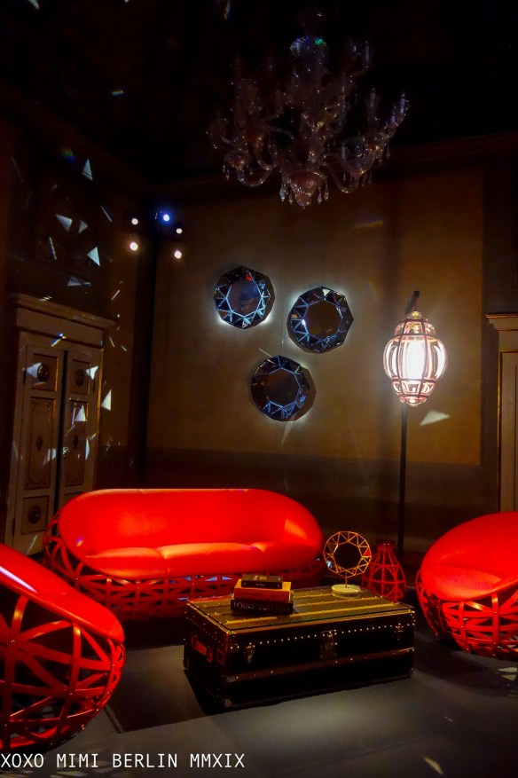 Diamond Sofa and Chair by Marcel Wanders for louis vuitton's objets nomades