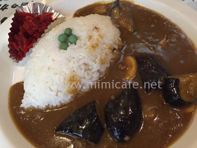 沼袋ミカドコーヒー 茄子カレー