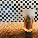 南機場夜市のカフェ「歐若拉專業烘培咖啡店 Aurora Cafe」オールディーズな地元系ロースター