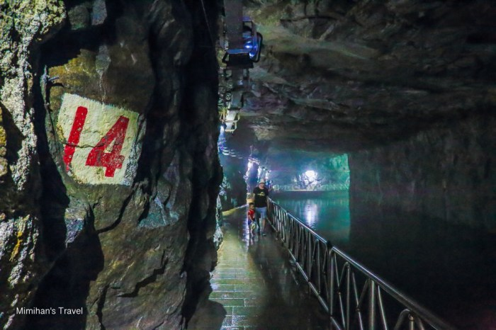 【金門景點】翟山坑道:金門最美水上坑道,鬼斧神工暗藏玄機的戰地風情