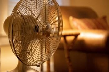 【2021電風扇推薦】Top8電風扇精選,電風扇選購重點,DC/AC扇優缺點比一比