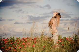 pretty-girl-beautiful-face-female-field-girl-model-photography-poppies-sky-woman-896479