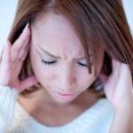 【こめかみの痛みが辛い…】産後起きる頭痛の3つの対処法