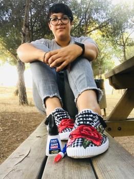 Feliz con mis nuevas zapatillas