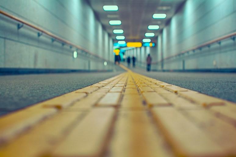 along the yellow line~ Seoul