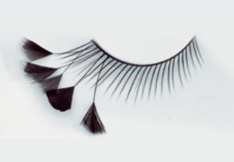 Pestaña postiza medias plumas negras