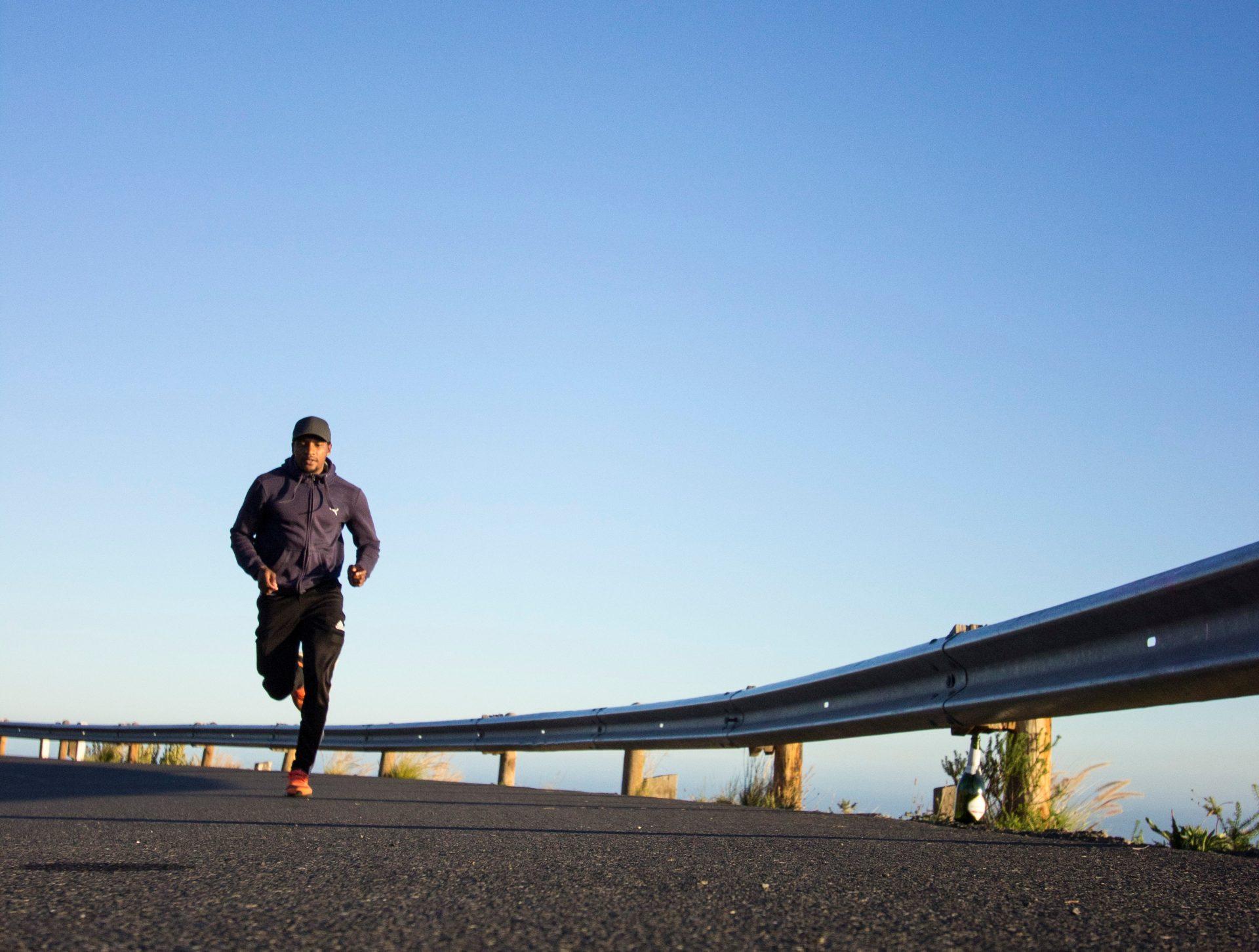 photo-of-man-running-during-daytime-2803158