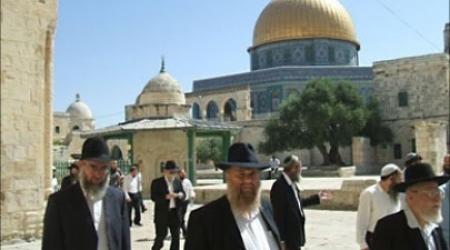PEMUKIM ISRAEL KEMBALI SERBU MASJID AL-AQSHA