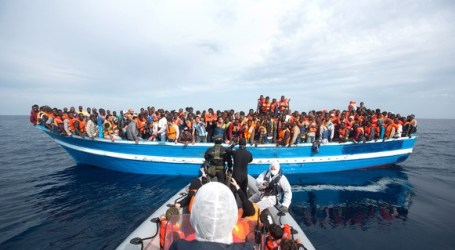 RATUSAN MIGRAN GELAP TERKUNCI DI RUANG PALKA KAPAL LIBYA YANG KARAM