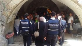POLWAN ISRAEL LARANG PEREMPUAN YERUSALEM MASUK MASJID AL-AQSHA