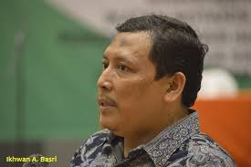 EKONOM: KORUPSI, FAKTOR UTAMA MELEMAHNYA EKONOMI INDONESIA