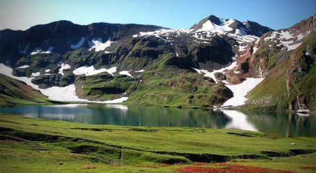 """Kashmir, """"Surga"""" yang Ingin Merdeka"""